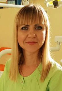 врач-стоматолог Панкратьева